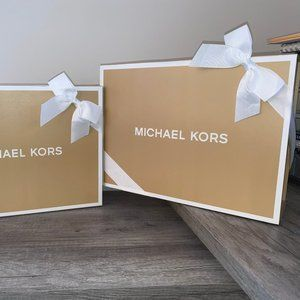 2 MICHAEL KORS MEDIUM GIFT BOXES WITH BOW NEW